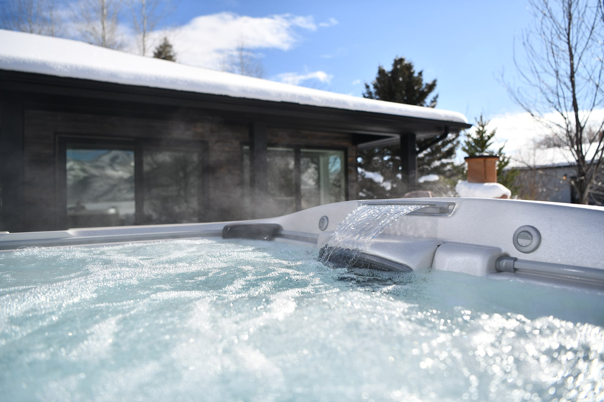 jacuzzi hot tub winter in Utah