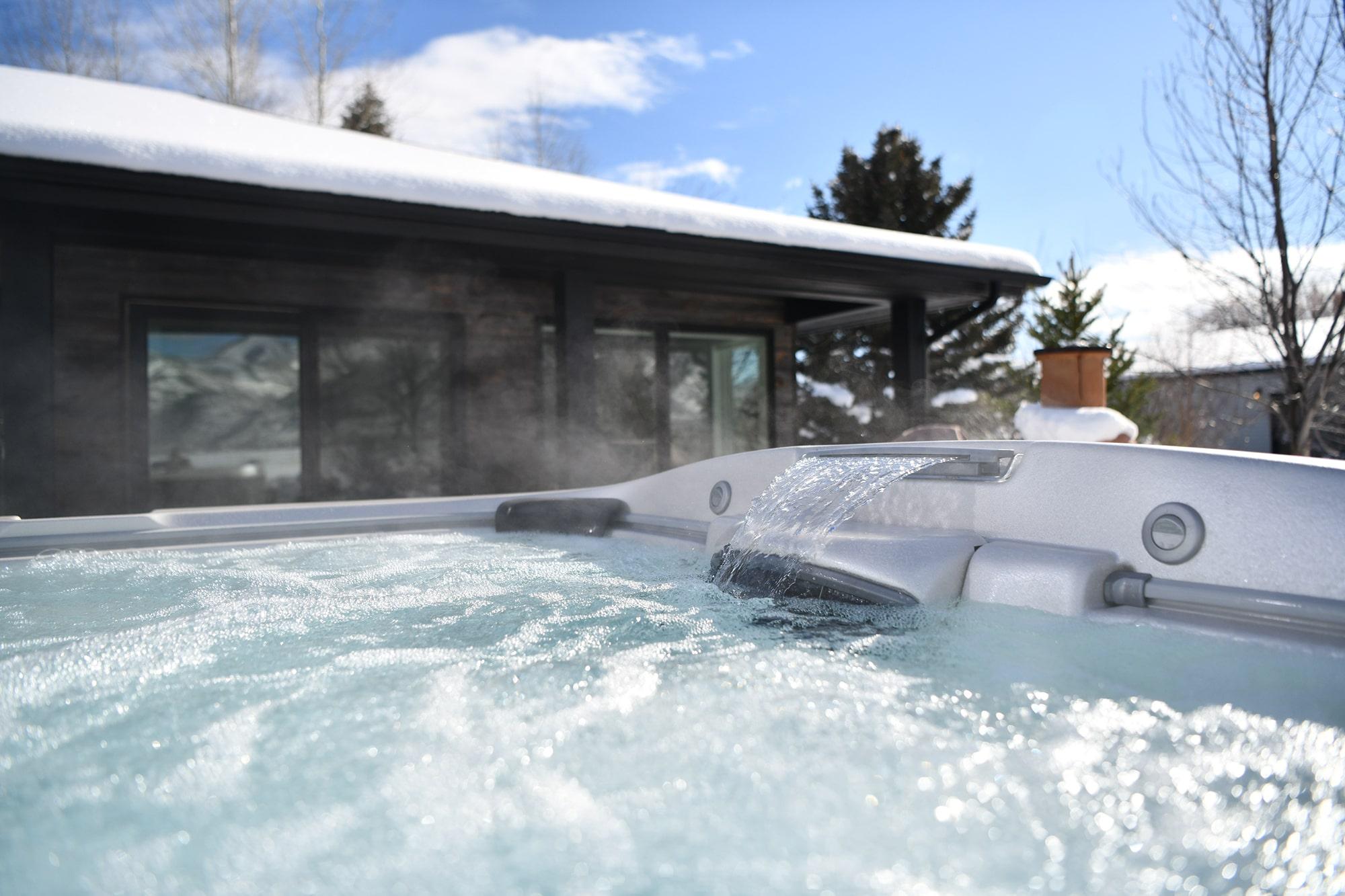 jacuzzi hot tub winter in Utah