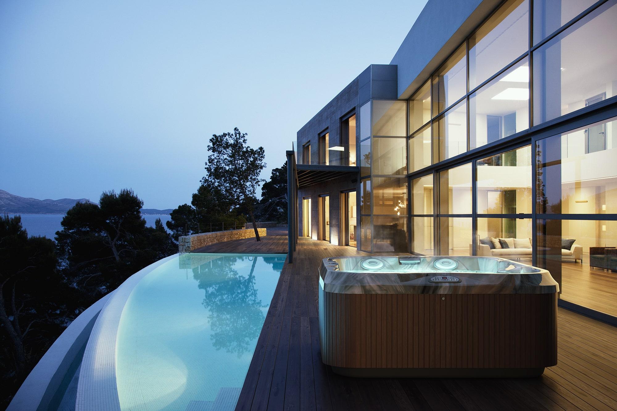 jacuzzi hot tub luxury installation in Hurricane, Utah